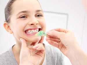 牙齿矫正,饮食应该注意什么?