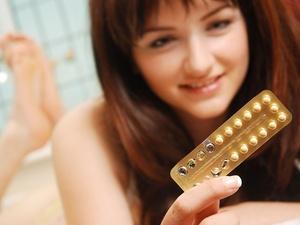 女性长期服用避孕药,会影响月经吗?