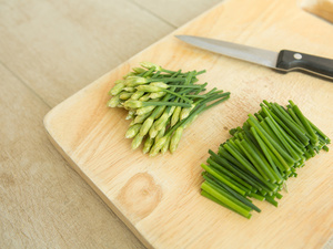 吃韭菜能壯陽嗎?這樣吃試試