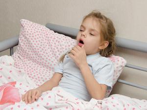 孩子咳嗽吃点药就好了?医生:自行用药很危险!