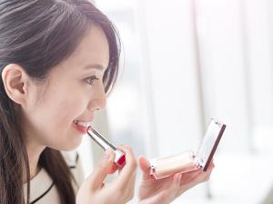 化妆的步骤应该怎样才正确