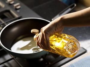 """吃饭过水涮油能减肥吗?这4个方法才是真正帮你""""刮油"""""""