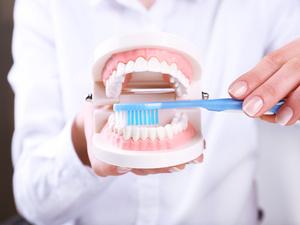 辟谣丨你刷对牙了吗?关于牙齿你不得不知道的4个误区!