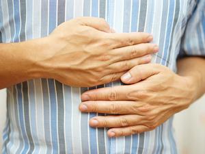 身体出现这些症状,那你可能得了胃溃疡!