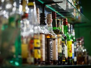 提示:适量饮酒,对身体有5大好处,妙不可言