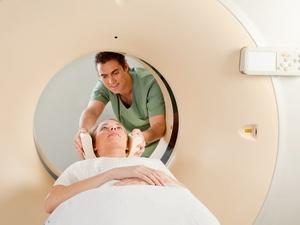低分化腺瘤能治吗