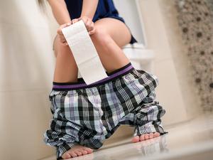 蹲厕所腿麻怎么回事?怎么缓解?