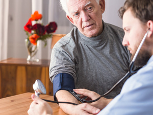 如何判断高血压?血压测量最靠