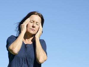 压抑、焦虑......这样的更年期症状要持续多久?