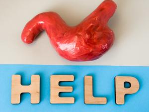 考试中胃出血送医,胃出血严重吗?