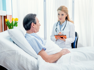 肝癌晚期怎样能活更久?生活护理很重要