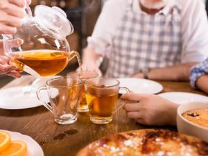 多喝茶能防癌?45万中国人的研究数据出炉,结果让你失望了