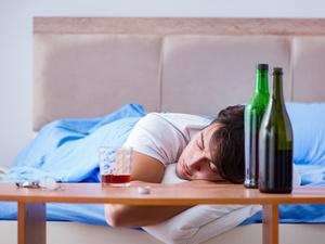 喝酒除了不能吃头孢之外,还有什么?