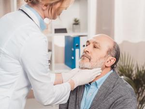 咳嗽不停,声音改变?咽喉癌有这五大症状!