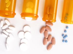 """老实说:滥用5大药物,疾病就是它们送肝脏的""""礼物"""""""