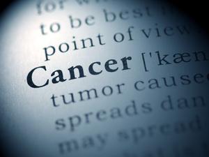 全球首次确认:新生儿吸入母亲癌细胞羊水,出生即确诊肺癌