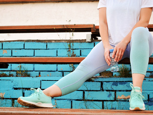 抖腿能瘦腿?5个超有效的瘦腿动作