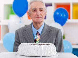 300名百岁寿星调查发现:能活到100岁,他们都有2个共性!