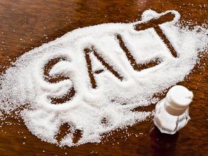 """不想血压飙升,高血压患者要和盐""""势不两立""""?"""