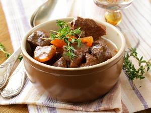 缺铁性贫血吃什么补得快?5种日常食物效果好