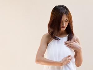 女人胸部周围长毛,有没有问题