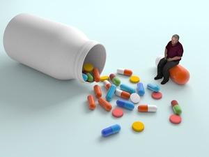 """劣质""""诺氟沙星""""流入6万家庭里,这些""""不合格的药""""该怎么追责"""