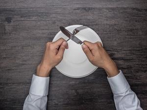 少量多餐瘦不了!晚餐早点吃,早餐晚点吃