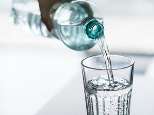 隔夜水不能喝?千滚水会致癌?终于有医生说明白了