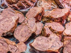 """世卫组织:猪肉、牛肉吃太多有致癌风险!请记住这个""""安全剂量"""""""