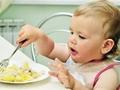 """宝宝食管闭锁2年没法""""吃""""东西,医生创新术式为其建通道"""