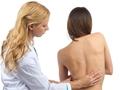 """办公族:防治腰痛就要""""坐不住"""""""