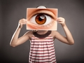 如何通过眼睛判断人犯下的错误?