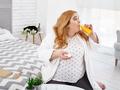 在努力节食减肥,但是体重不轻怎么办?