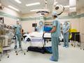 外媒狂批:中国年轻医生手术机会太少了!