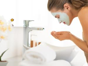长皱纹怎么办?4种洗脸方法祛皱纹
