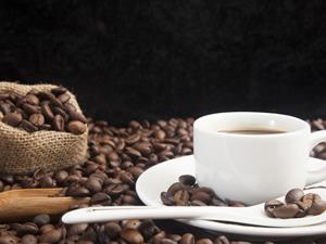 喝咖啡真会伤胃?