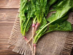 春天吃菠菜养颜又排毒!试试这款凉拌菠菜