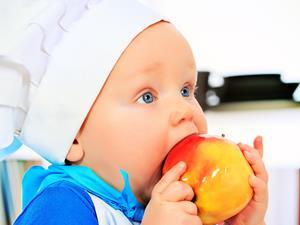治疗小儿肺炎勿乱用抗生素 专家建议:最好住