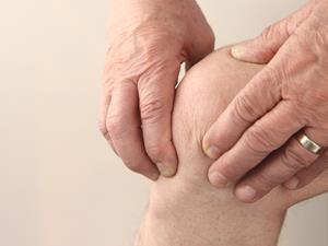 膝关节喀嚓响 不可小视炎症侵袭