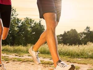 慢跑鞋怎么选择好?慢跑时该穿什么鞋?
