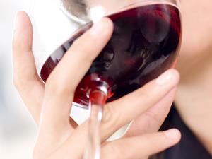 女人喝红酒有什么好处?8大益处意想不到!
