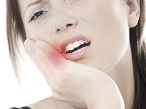 观口腔溃疡位置知五脏健康