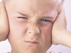 经常掏耳屎小心耳道炎来袭