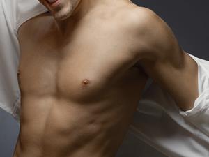男人如何快速练胸肌?
