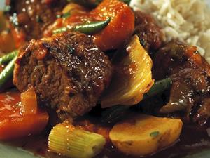 冬天吃番茄牛腩暖胃又营养!番茄牛腩怎么做好吃?