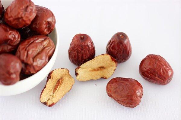 吃红枣补血?三类女性经期不宜吃红枣
