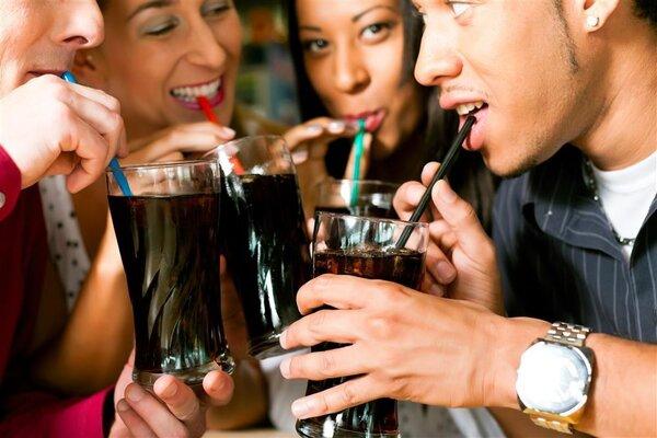 这10款饮料,即使在减肥, 也大可放心喝,基本不会发胖