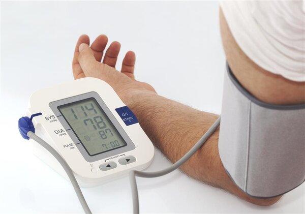 人一老血压就高?年轻人也会患高血压!