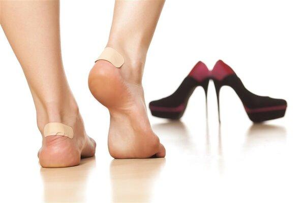脚被磨出水泡该如处理?可以挑破吗?