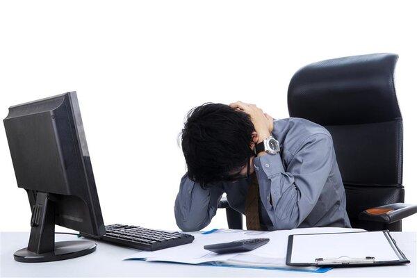 网红操号称可拯救颈椎 有人却因盲目练习险晕倒  网上推荐的米字操不是想做就能做